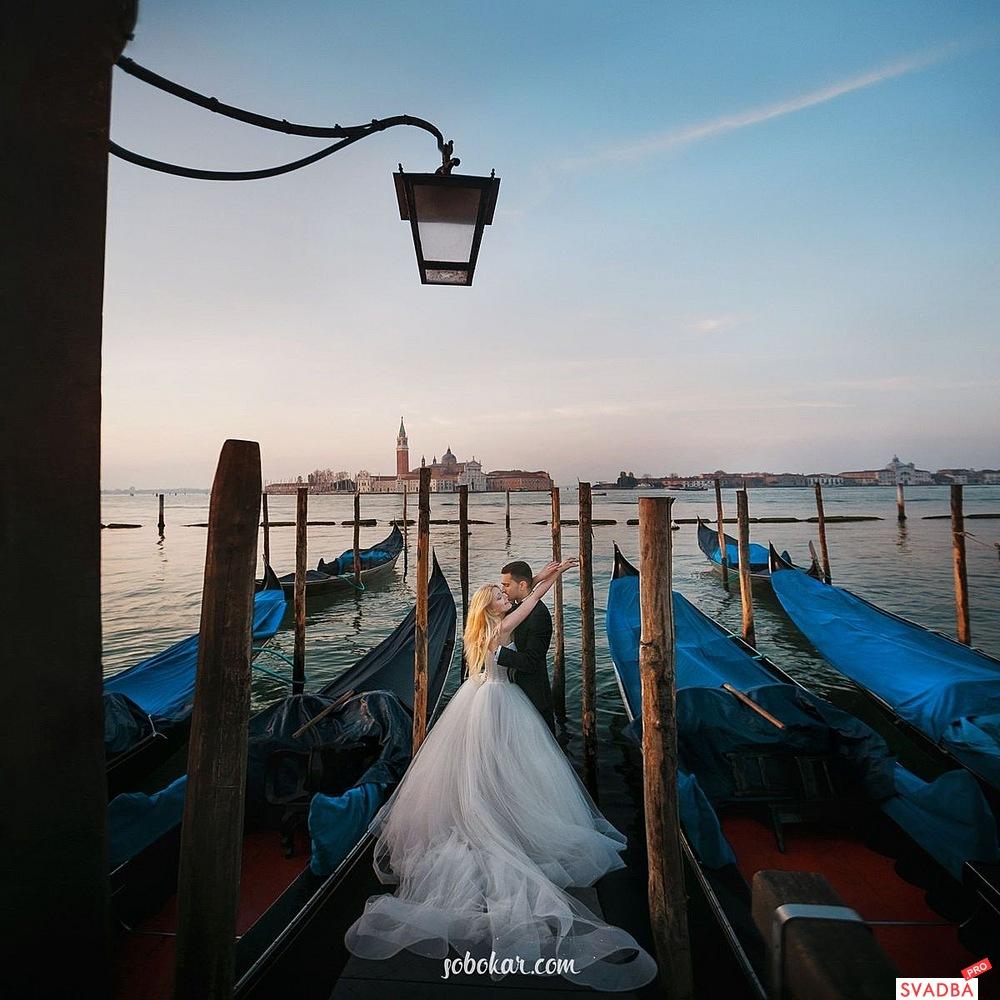 Venice romance wedding