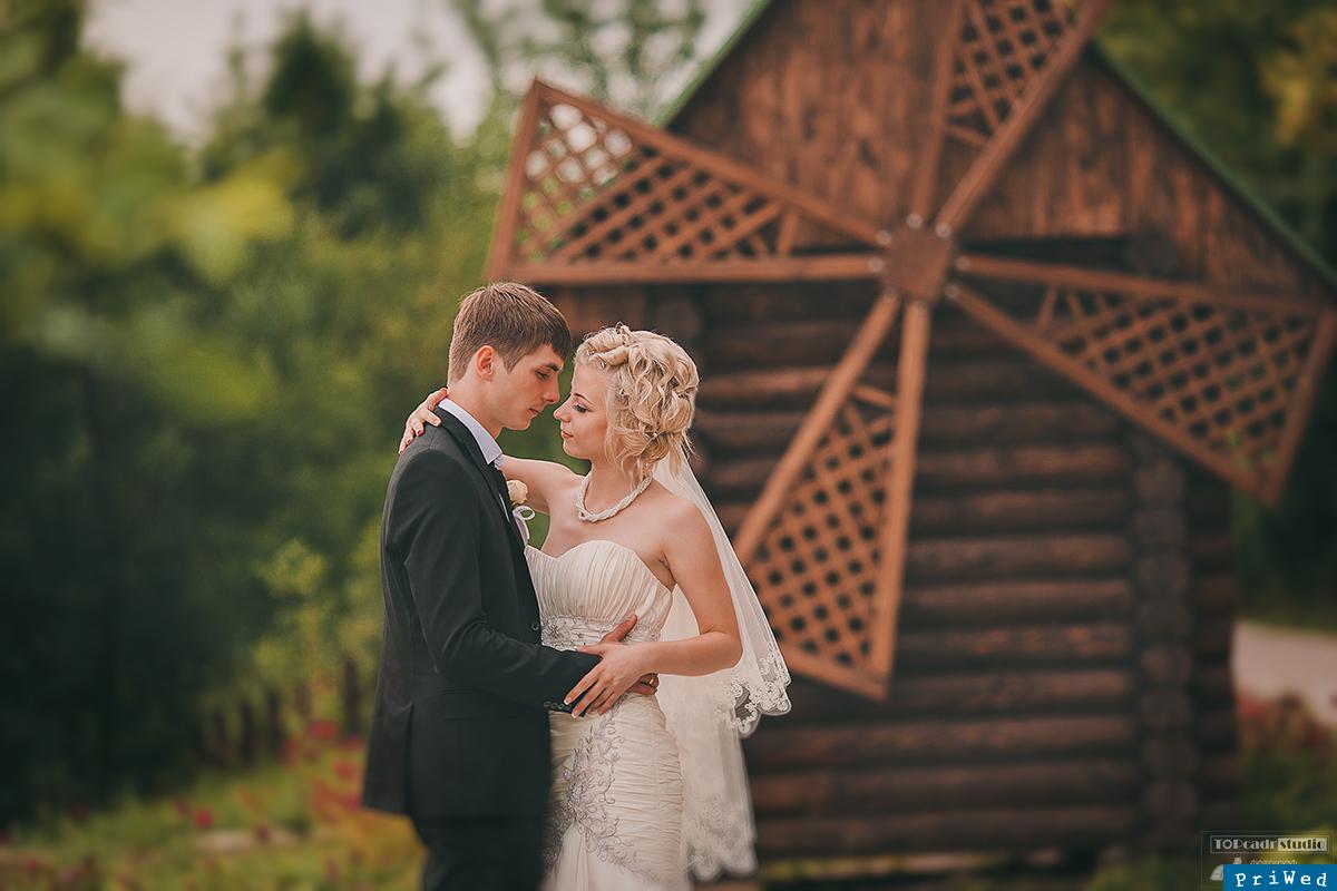 Фото свадьбы в старой мельнице